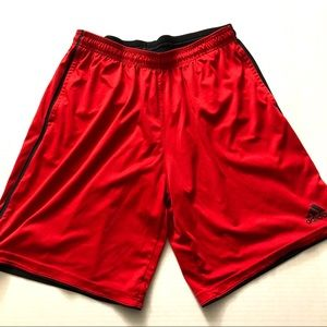 ⛱Adidas climate red shorts L